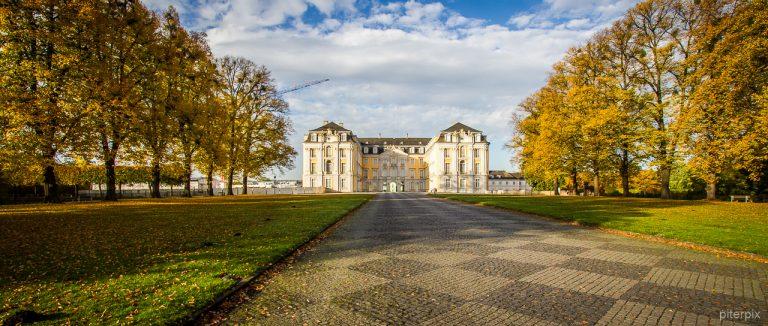 Schlosspark Augustusburg im Herbst