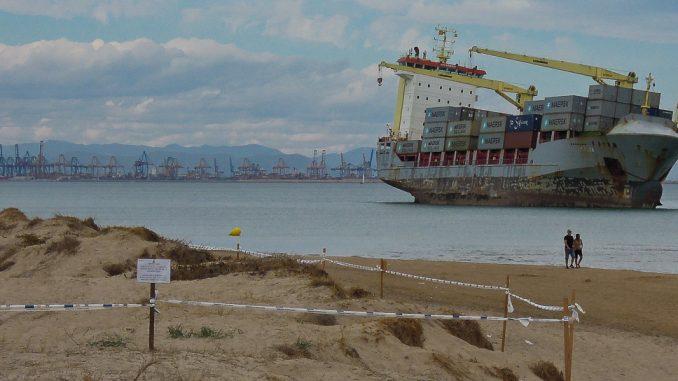 Gestrandete Schiffe in Valencia