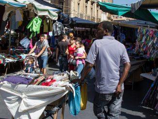 Sizilien - Straßenmarkt La Fiera