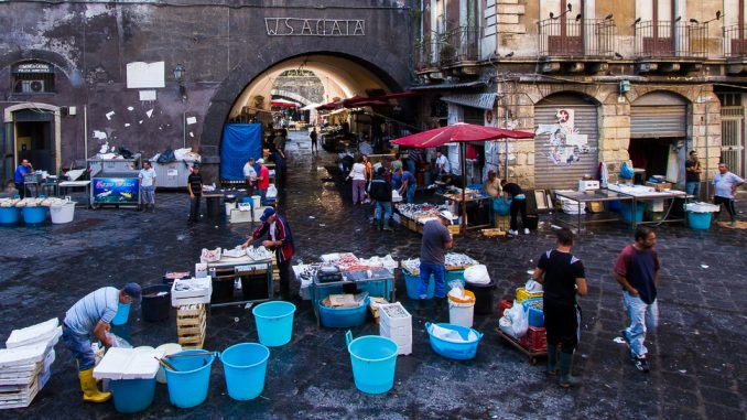 Sizilien - Fischmarkt in Catania