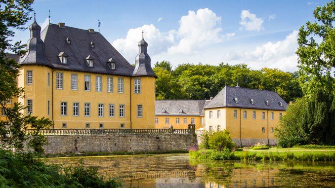 Schloss Dyck bei Neuss